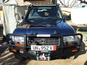 ARB 80-Series Bullbar with winch installation space.